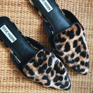 Steve Madden • Leopard Print Pointy Toe Mules